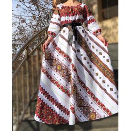 Rochie lunga cu motive traditionale si flori Anastasia