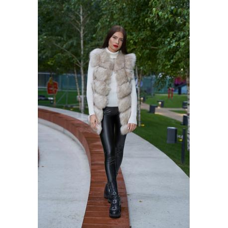 Vesta lunga de blana