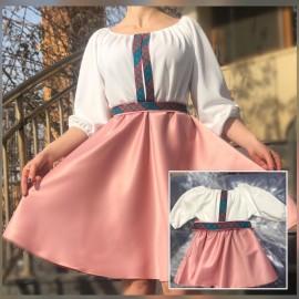 Set rochii scurte Mama-Fiica cu broderie multicolora Yasmina Roz